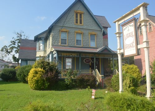 Beautiful Victorian property for sale in Tuckerton!!