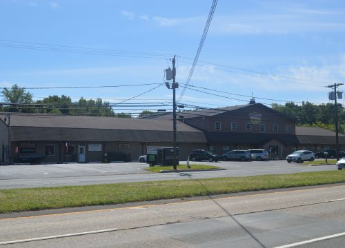 Join Sportsmen's Center!! 5,000 SF total available for lease!