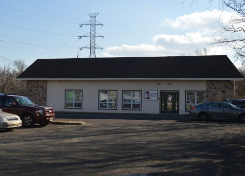 6,000 SF Office building for sale with extra lot included!