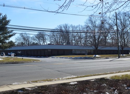 Quakerbridge office space available for lease!!
