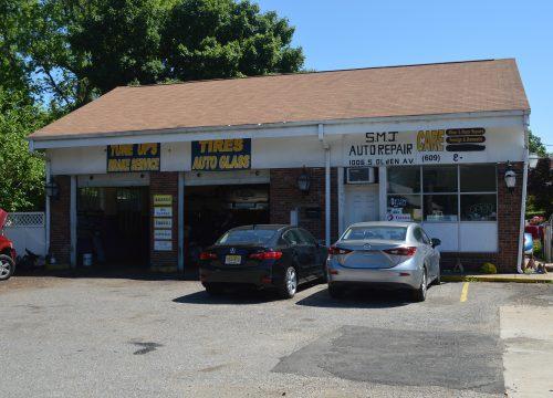 Hamilton Auto Repair Building for Sale! 1006 S Olden Avenue