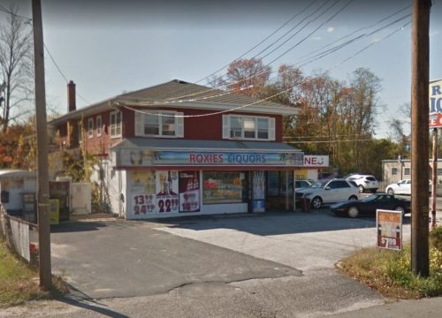 295 E Bay Avenue – 3,000 SF Available for Lease!!
