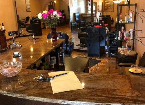 Established Hair Salon Business for Sale in Hamilton!!