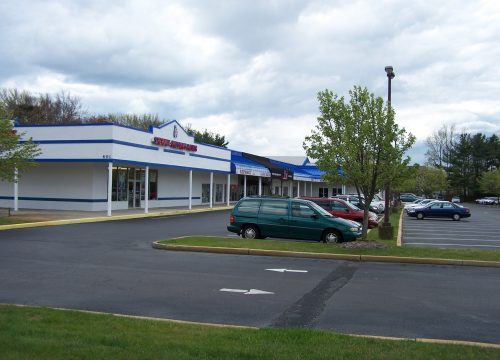 Route 72 – Harbor Plaza – 1,800 SF Available for Lease!