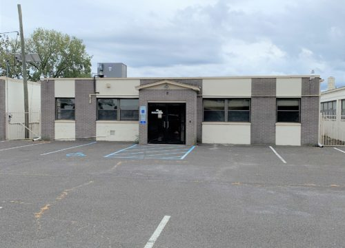 Retail/Office/Warehouse 3,000 SF for Lease in Hamilton!